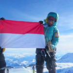 pendaki gunung everest asal indonesia